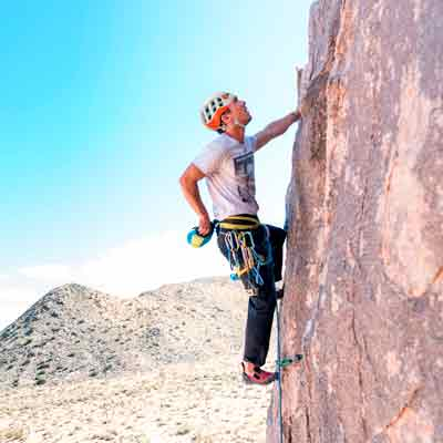web-summitify-escalada-casco-optimizada